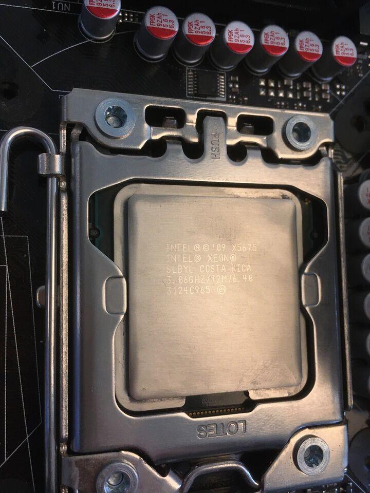 X58, Asus Rampage II Gene, Xeon W3680