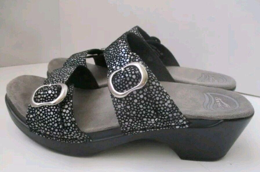 Dansko cuir des sandales compensées 37 euros