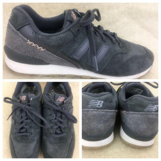 New Balance 696 Suede Women US Size 7.5