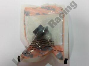 KTM-OEM-sump-plug-with-o-ring-Genuine-KTM-Duke-RC-125-200-390-ABS-90138015050