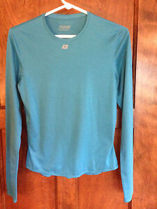 Sugoi-M-Blue-Athletic-Wicking-Workout-Top-LS