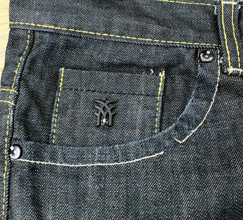 2523c7a9 ... FENCHURCH Uomo Uomo Uomo Dritto Fit Bottone Nero Jeans Taglia W32S  fd2bc2