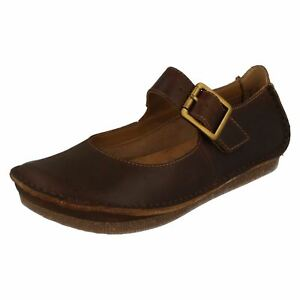 Details about Ladies Clarks Janey June Black, Beeswax Or Nude Leather Casual Shoes D Fitting