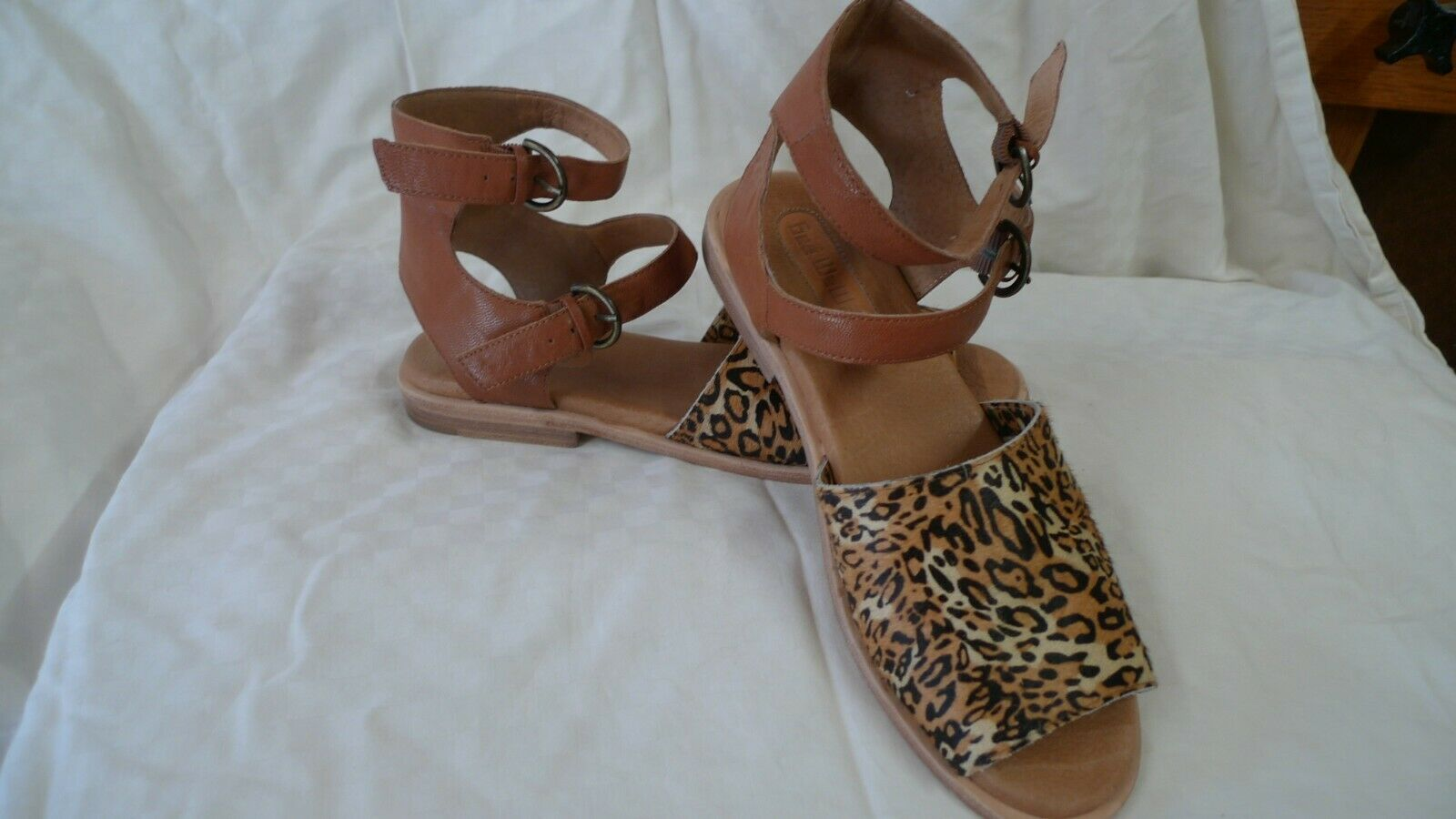 Gee Wa Wa  leopard ankle  sandals size 8 lightly worn slightly used