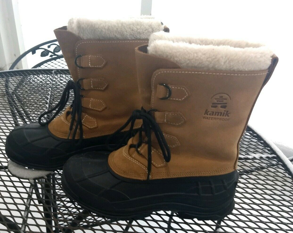 Kamik Alborg Tan Man's Boots   GOOD QUALITY BARELY USED BOOTS