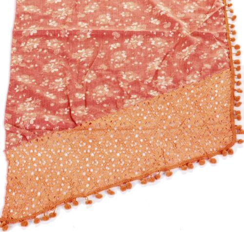Femmes Mélange Coton POM POM Écharpe Avec subtil motif floral et dentelle coudé Edge