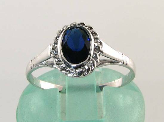 DAINTY 9CT 9K WHITE gold blueE SAPPHIRE SOLITAIRE ART DECO INS RING FREE RESIZE