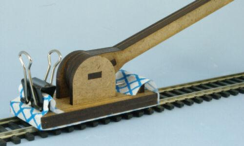 N Gauge OO9 Track Cleaner The Track Mop