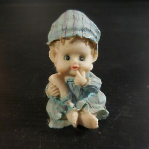 Sculpture figurine statue miniature personnage enfant biberon vintage N4659