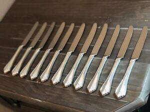 1881 Rogers Oneida LTD Silverplate 1985 King James Set 11 Dinner Messer