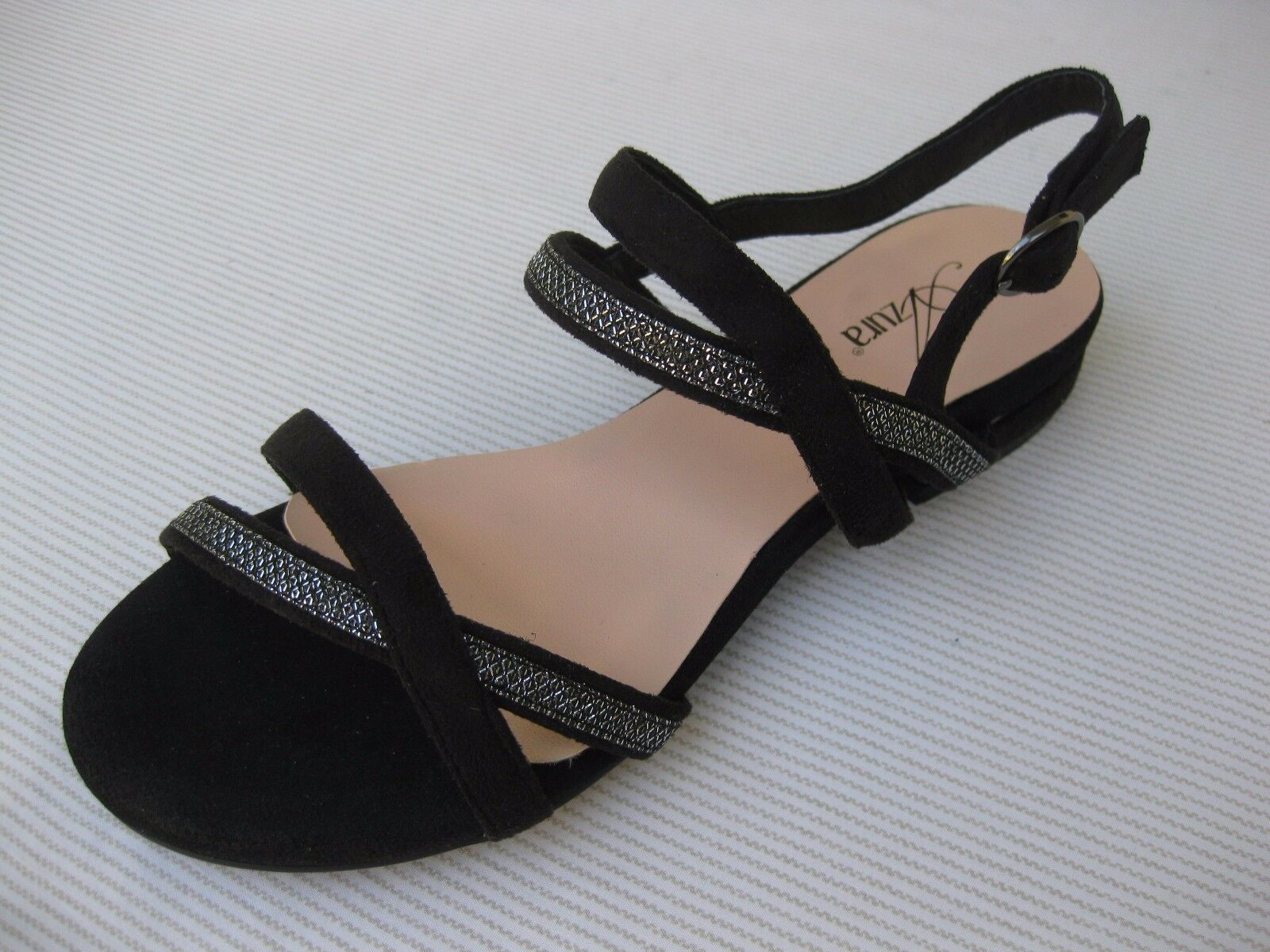 Azura Womens Sandal Shoes $110 NEW Dursley Black Suede Silver Sandal Womens 37 6.5 7 de54b5