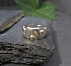 Ausgefallener-925-Silber-Ring-Struktur-Kreise-Modern-Brutalist-70er-Designer-Top