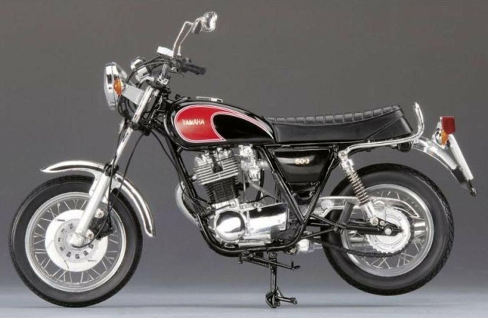 Wow extrêmement rare Yamaha SR500 1978 Noir  06650 Entièrement neuf dans sa boîte 1 10 Schuco