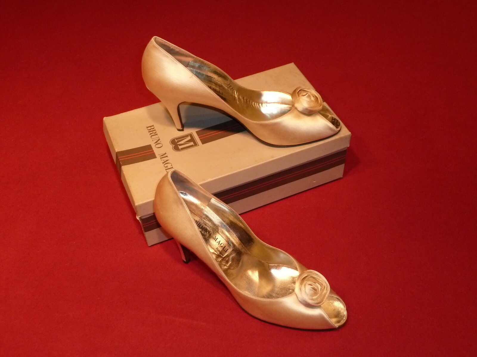 Bruno Magli Champagne Silk Formal shoes with pinktte on Toe 9.5AA NEW