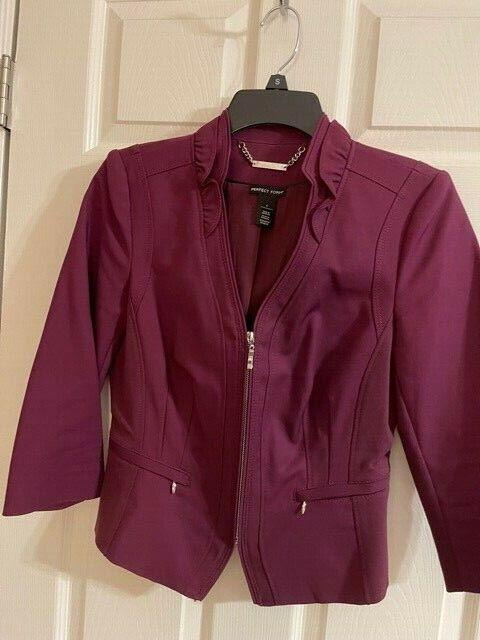 WHBM tailored jacket, zippered with ruffled collar, burgundy 6