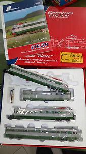 LE-MODELS-LE15230-ETR-231-Verde-grigio-vetri-Triplex-condizionatori-Stone