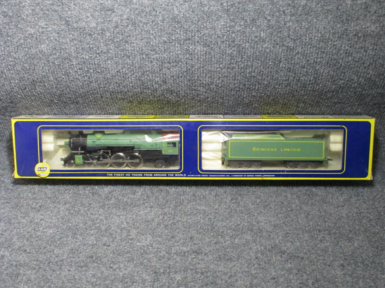 NOS AHM Rivarossi HO Scale E CL 4-6-2 Heavy Pacific Crescent Limited