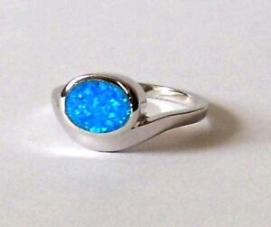925-STERLING-SILVER-OVAL-BLUE-OPAL-RING-size-N-or-R