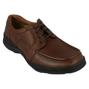 Mens Clarks Smart Leather Lace Up Wide