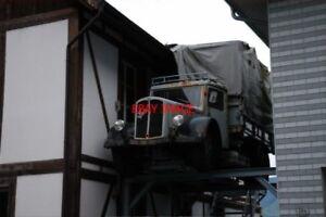 PHOTO-SWITZERLAND-2006-LORRY-ON-DISPLAY-AT-HERGISWIL