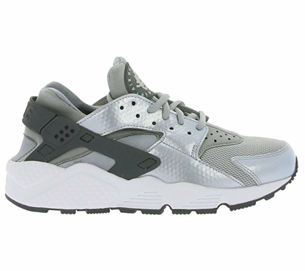 Nike Womens Air Huarache Running Shoe