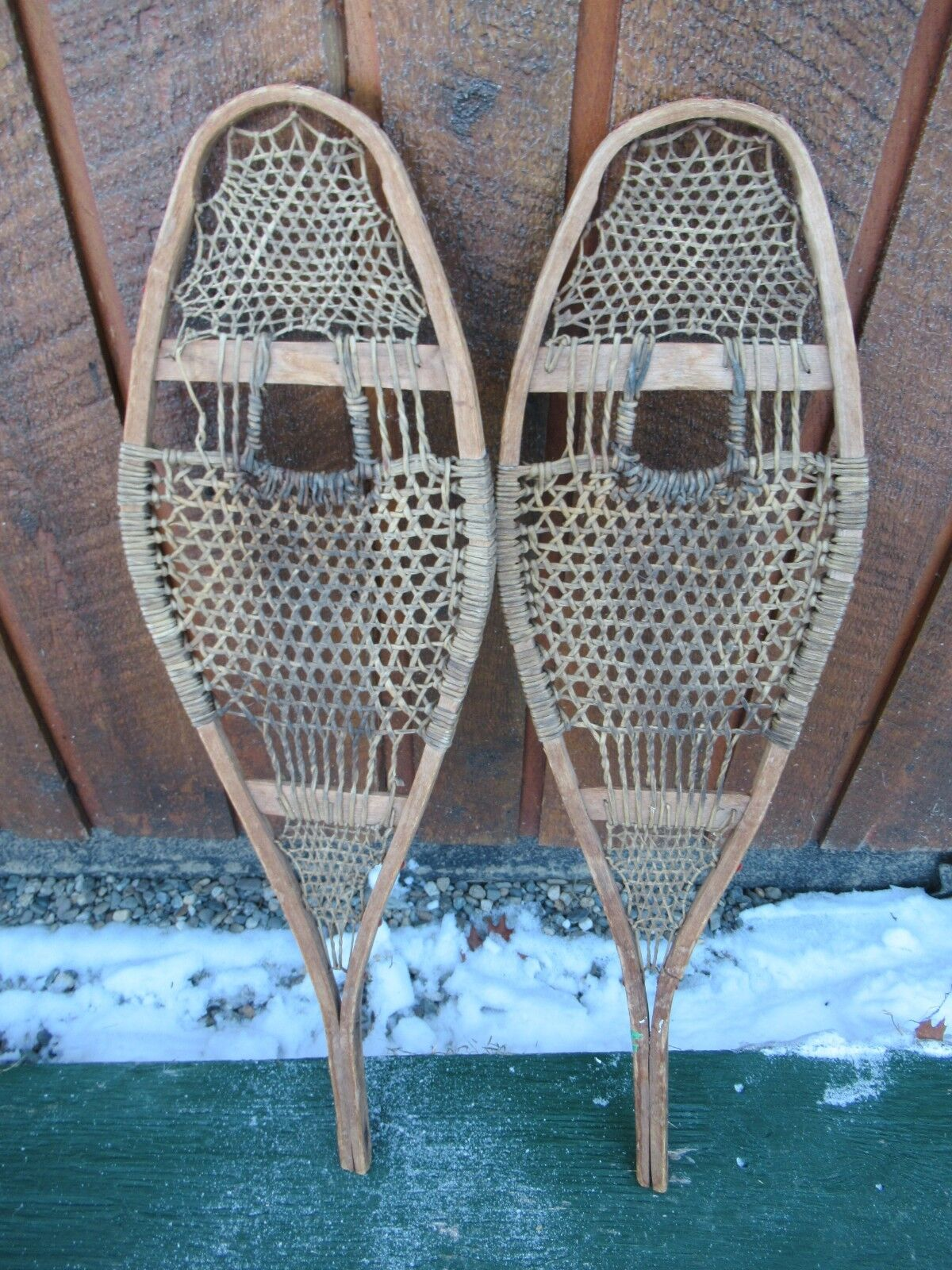 ANTIQUE OLD Snowschuhe 29  Long by 8  Wide