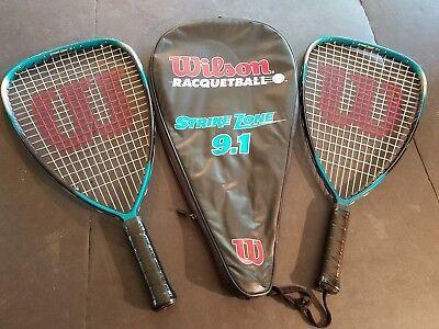 ( Lot Of 2) Wilson-racquetball-racket-strike-zone-9-5-with-case Essere Altamente Elogiati E Apprezzati Dal Pubblico Che Consuma