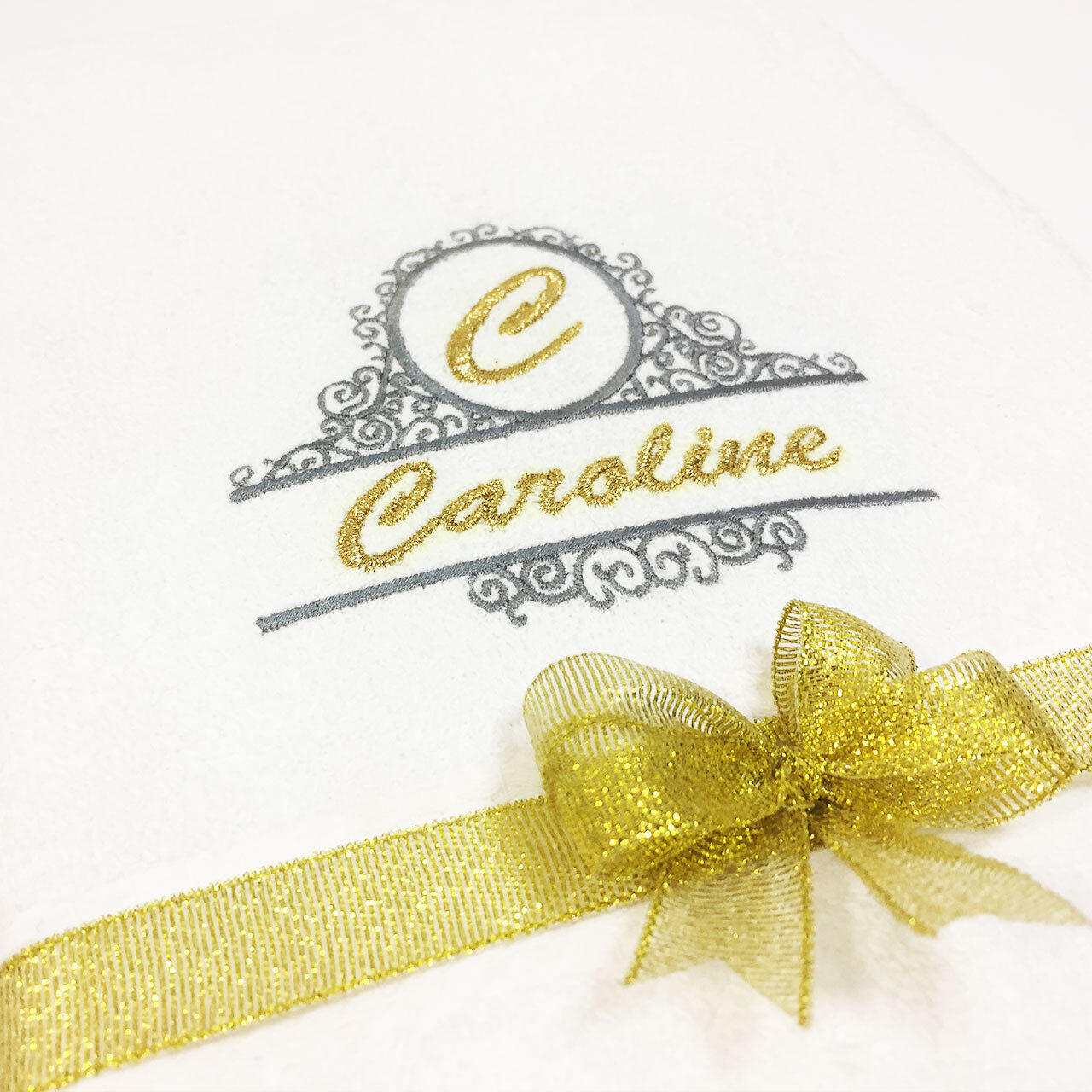 NUOVO ricamato qualsiasi Personalizzata Asciugamano Da Bagno Set Regalo Ideale qualsiasi ricamato nome Combet cotone be8b1c
