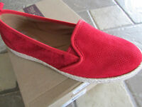 Clarks Azella Red Perf Loafer Shoes Womens 9.5 Suede Slip Ons Free Ship