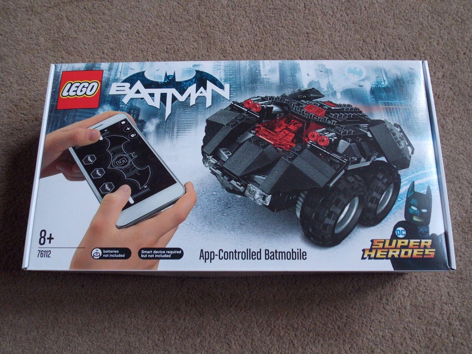 LEGO-Super Heroes (Set 76112-Batman App-controlled Batmobile) BRAND NEW