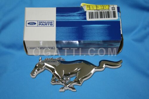 BRAND NEW OEM FRONT GRILLE EMBLEM FORD MUSTANG 1999-2004 #XR3Z-8A224-AB