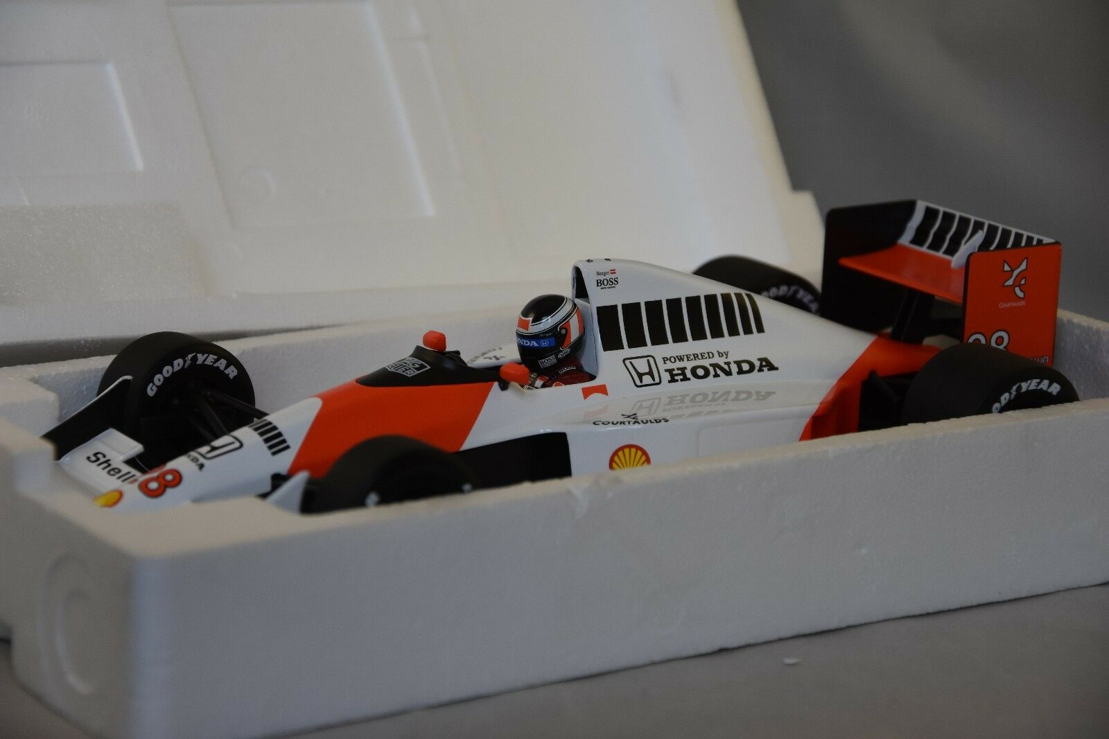 Minichamps 530901828 - MCLAREN FORD MP4- 5B Berger 1990 F1 GP 1 18