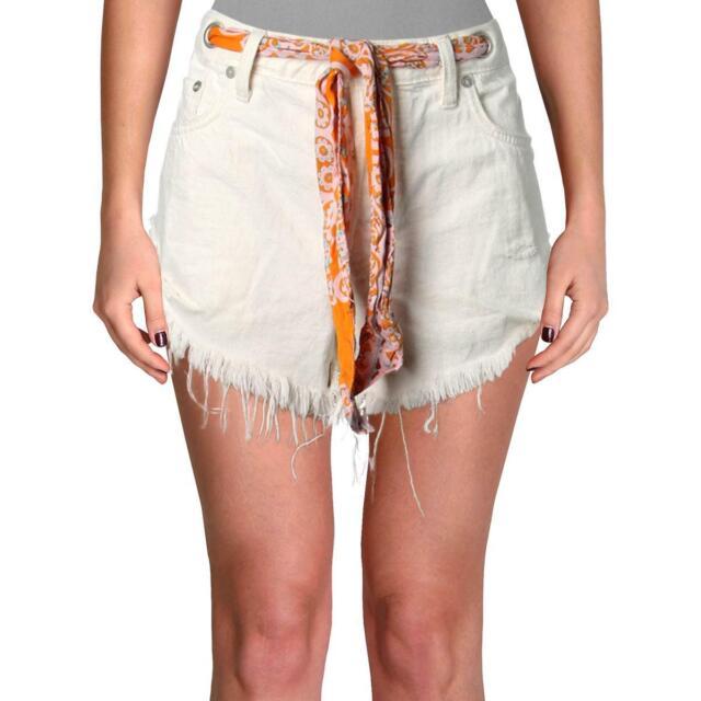Free People Womens White Denim Relaxed Fit Frayed Hem Cutoff Shorts 27 BHFO 1284