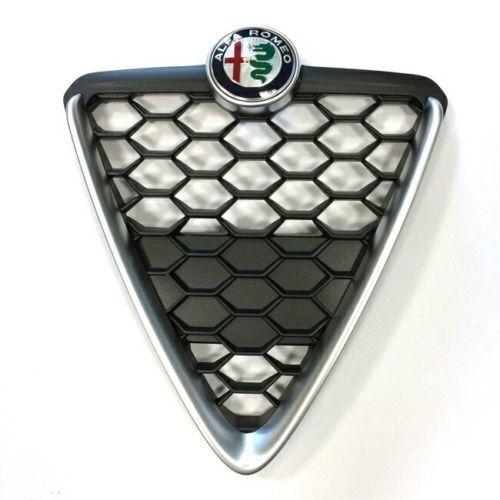 Alfa Giulietta Modello 2016 Scudo Griglia Radiatore Nido D/'Ape Cromato Satinato