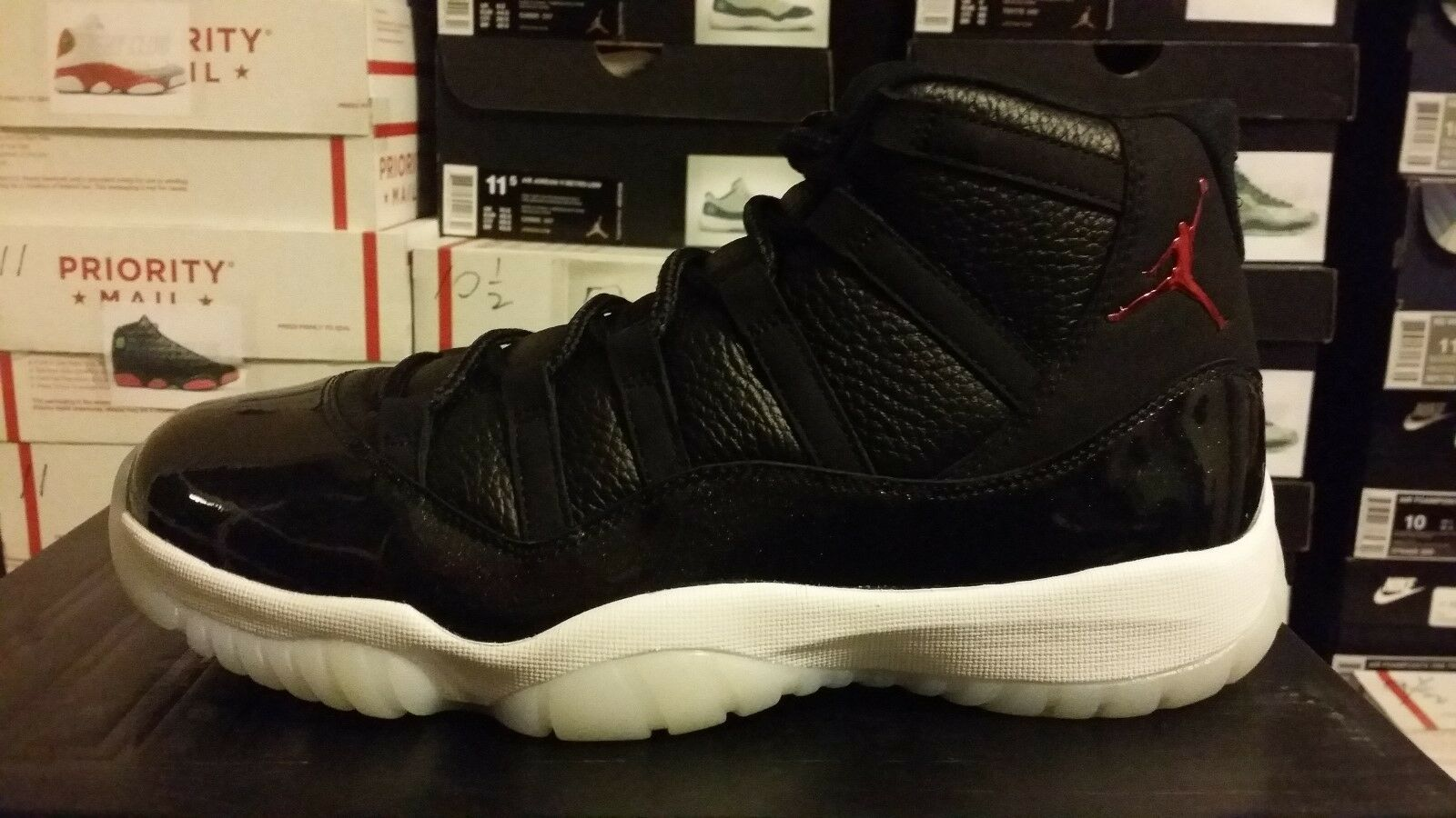Nike Air Jordan 11 Retro men size