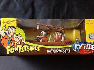 Flintmobile-The-Flintstones-Familie-Fred-Feuerstein-Wilma-Barney-Joyride-1-18