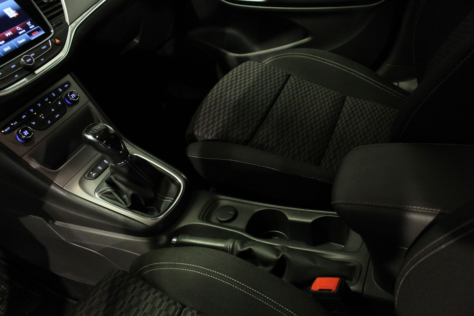 Opel Astra 1,0 T 105 Enjoy ST - billede 14