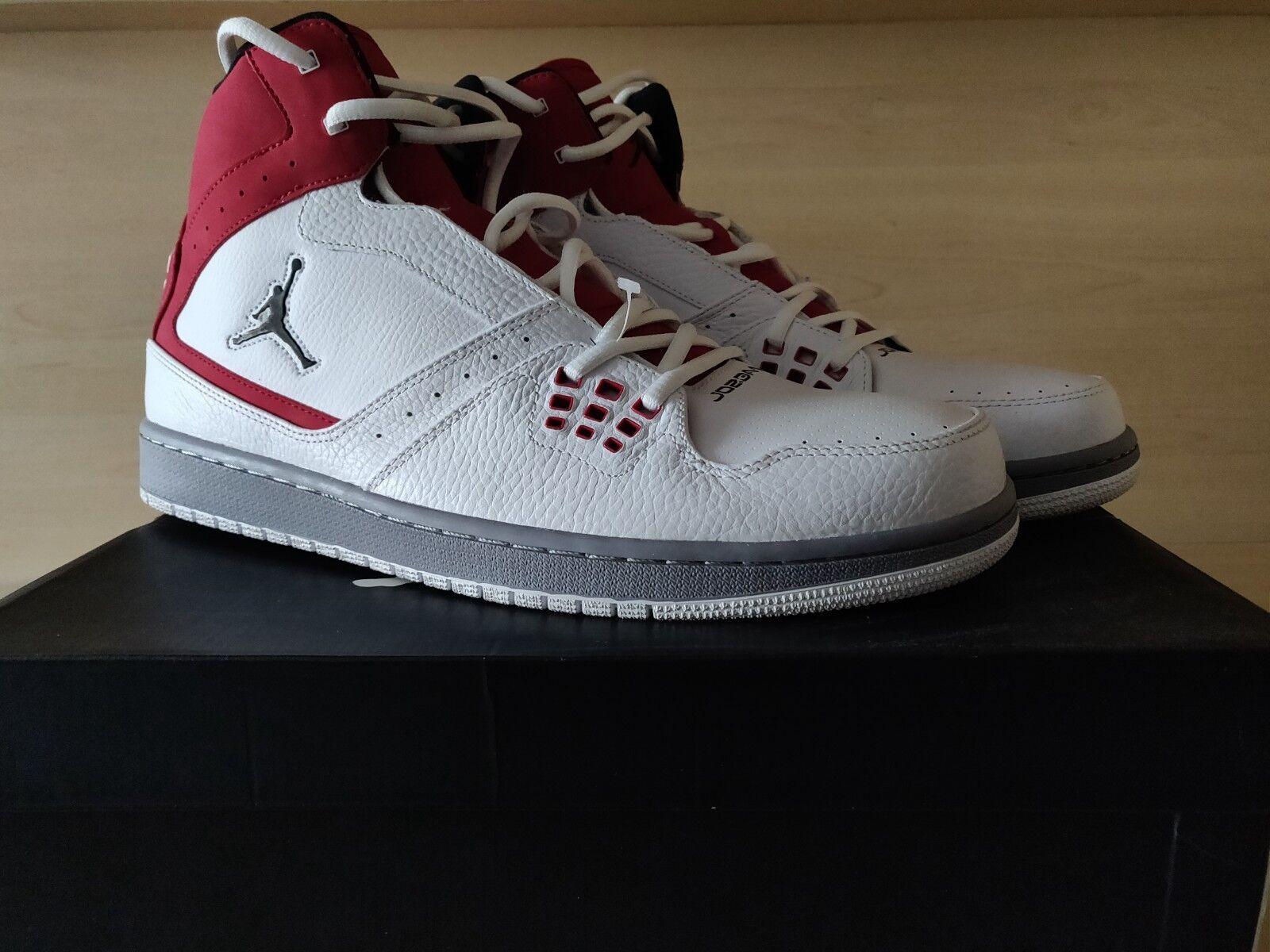 Jordan Fligero 1  13, rojo y negro.
