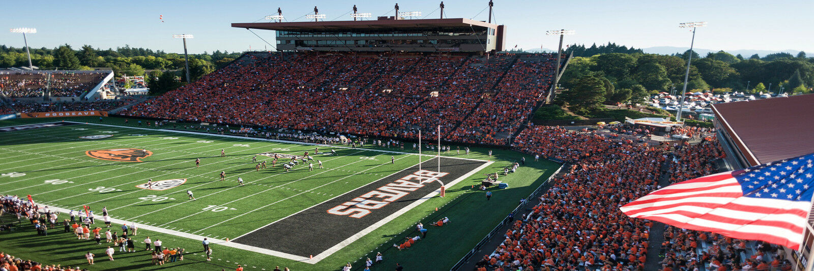 Stanford Cardinals at Oregon State Beavers Football