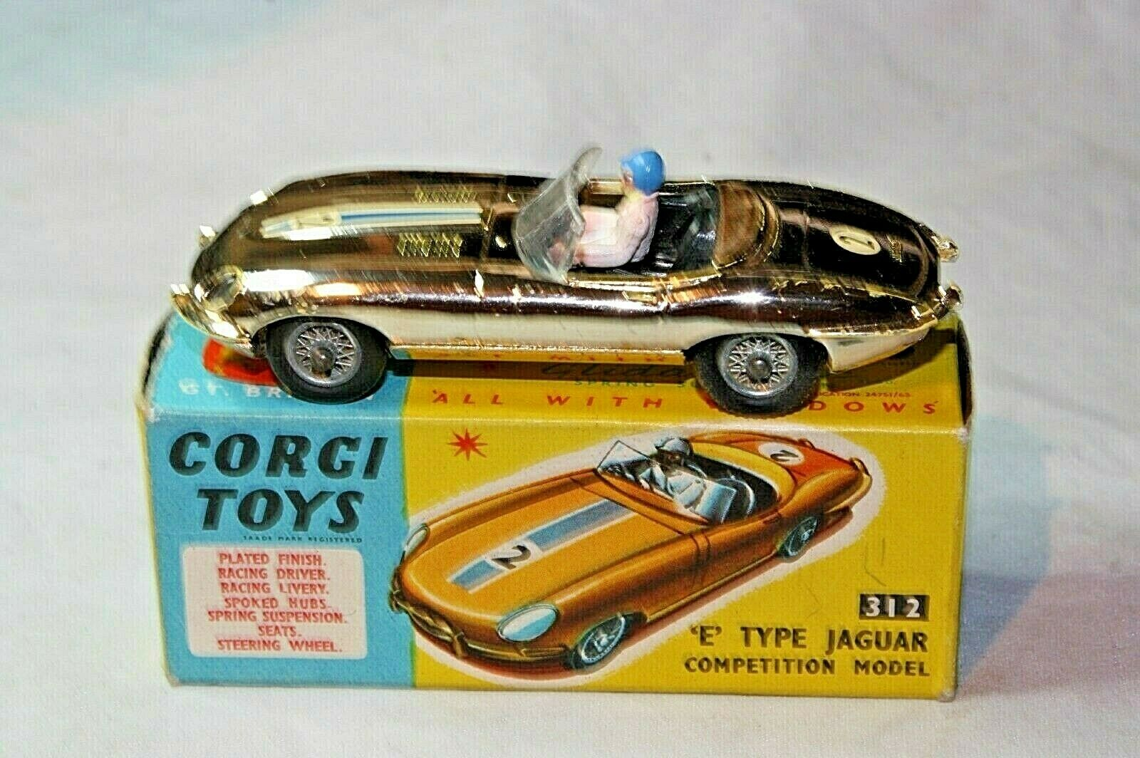 CORGI 312 Jaguar E tipo di modello di concorrenza, ottime condizioni nella scatola originale