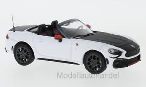 43 IXO 2017 1 Araña de Fiat Abarth 124 Turismo blanco//negro nueva *.