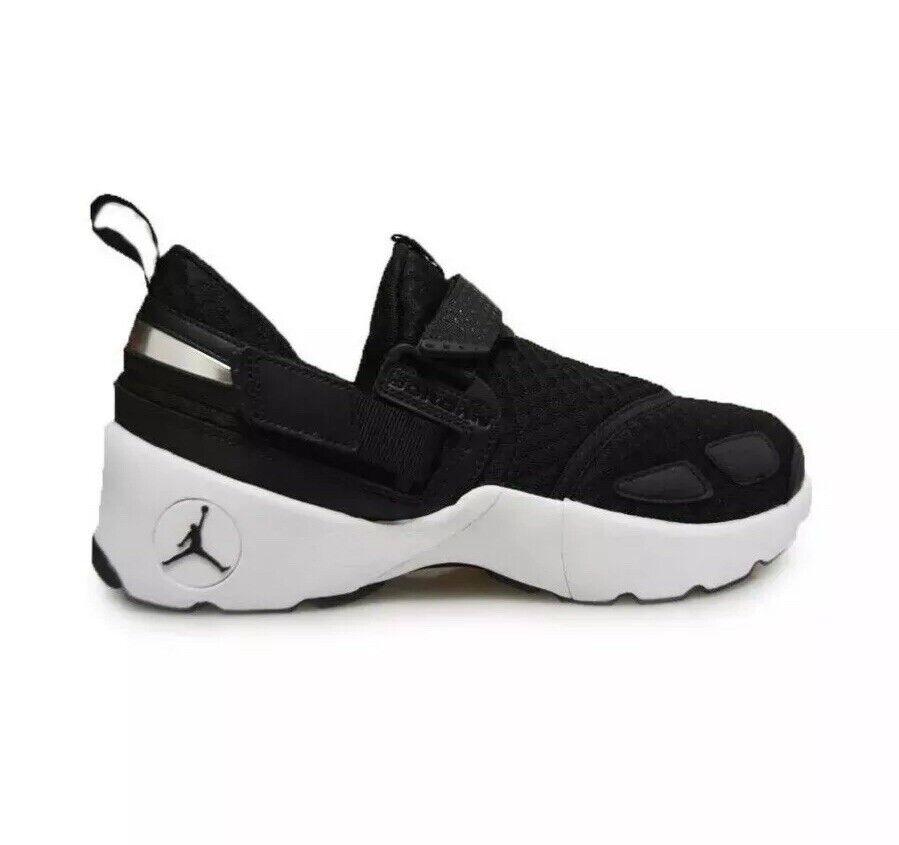 Men's AIR JORDAN TRUNNER LX Training shoes Black White 897992 011 Size 10