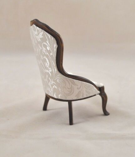 Victorian Parlor Chair walnut finish dollhouse   1//12 scale CLA10699
