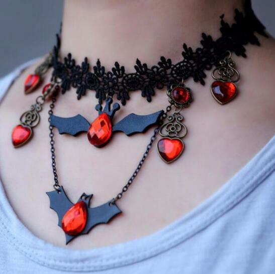 Lace Choker Necklace Bat Crystal Pendants Retro Punk Halloween Cosplay Jewelry