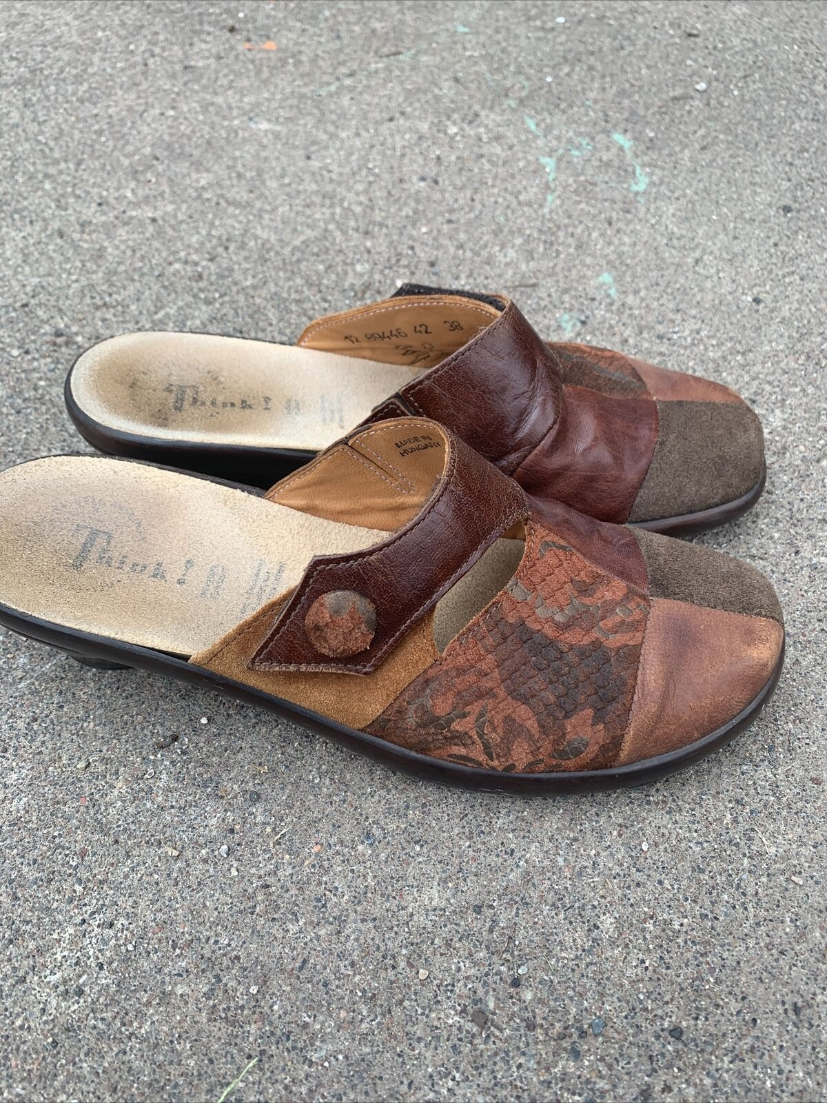 Think! Womens Brown Leather Mules Slides Shoes Size 38 / 8 Slip On 89446