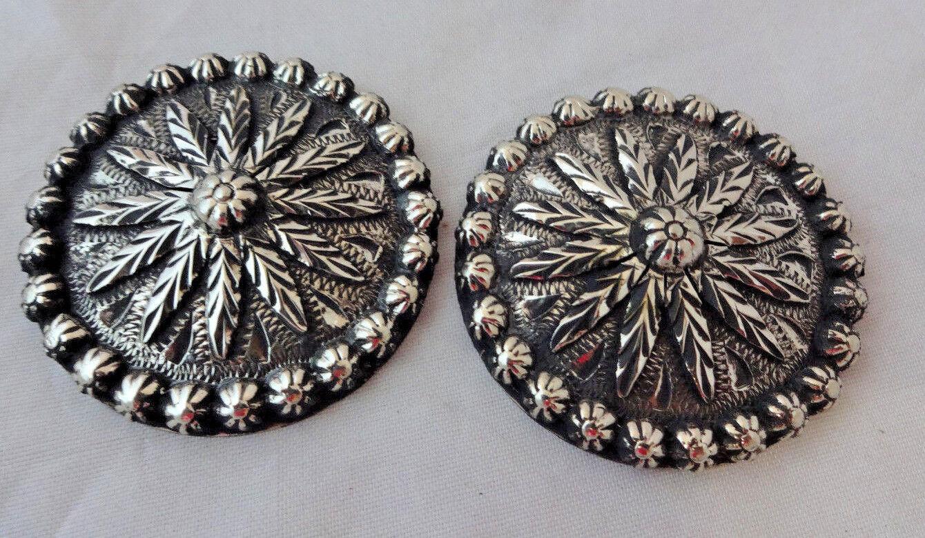 Pr Antiqued Sierra Flower Hansen Western Gear Conchos Screw 1 3 4  Nickel Silber