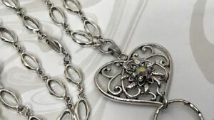 Fancy-Heart-Lanyard-Sparkly-Heart-Silver-Chain-ID-Badge-Holder-Breakaway-Opt