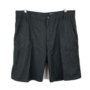Ripcurl-Mens-Shorts-Size-38-Black-Pinstripe-With-Pockets-Excellent-Condition