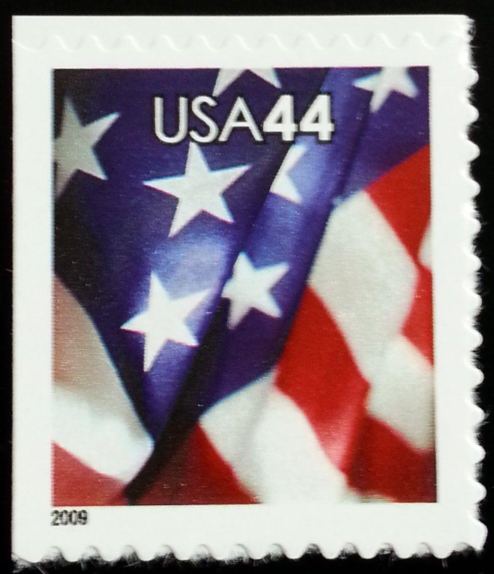 2009 44c American Flag, SA Scott 4396 Mint F/VF NH
