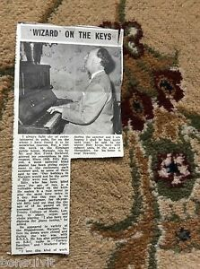 k2-6-ephemera-1966-picture-elephant-pub-margate-billy-hancox-pianist